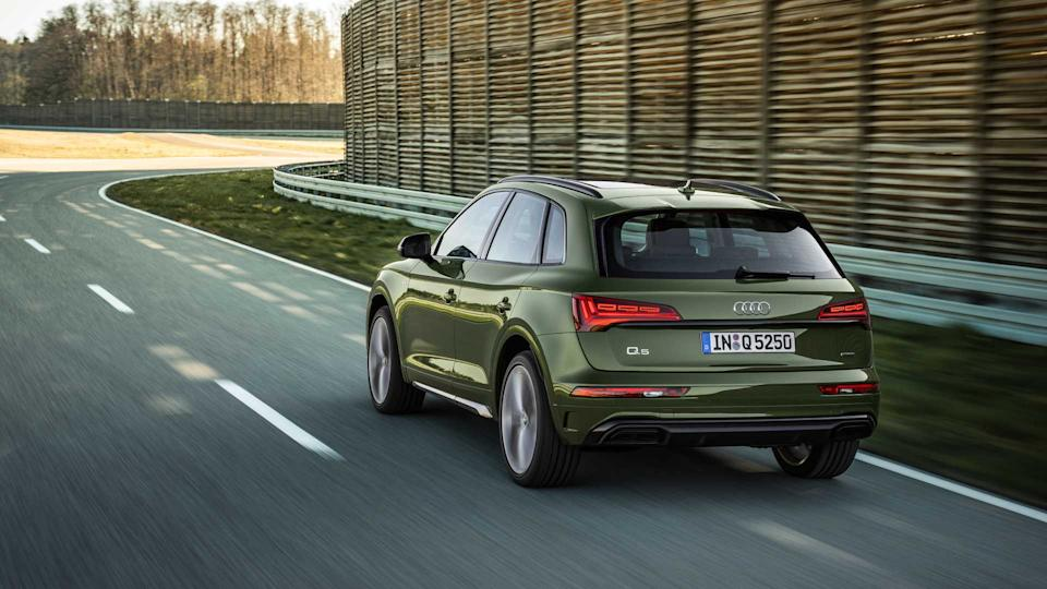 updated 2021 audi q5 debuts with a fresh new look and