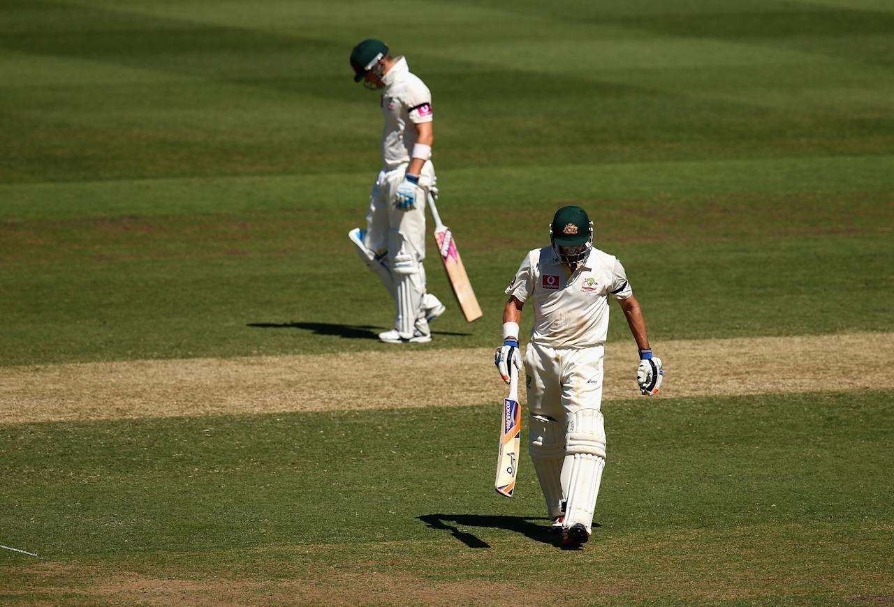 SYDNEY, AUSTRALIA - JANUARY 04:  Michael Hussey of Australia walks from the ground after being run out during his last test during day two of the Third Test match between Australia and Sri Lanka at Sydney Cricket Ground on January 4, 2013 in Sydney, Australia.  (Photo by Ryan Pierse/Getty Images)