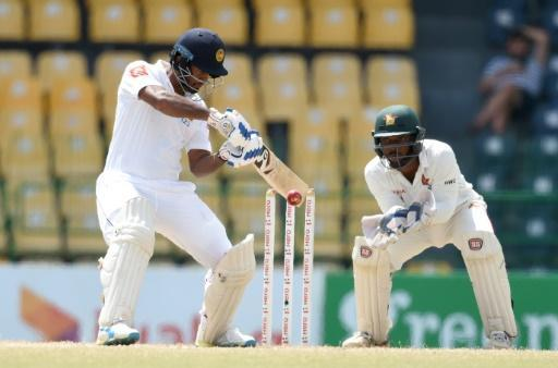 Sri Lanka start strong in record chase against Zimbabwe