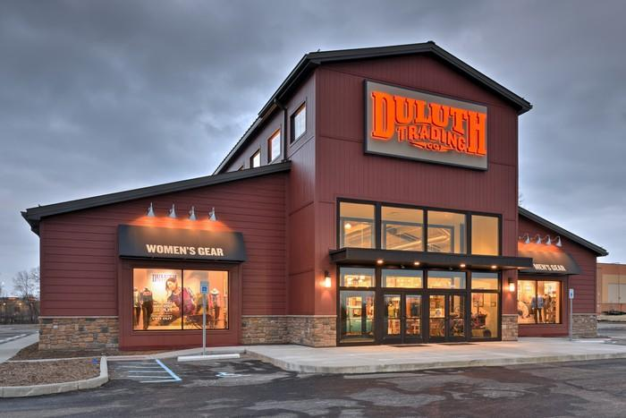 Outside view of a Duluth Trading retial store