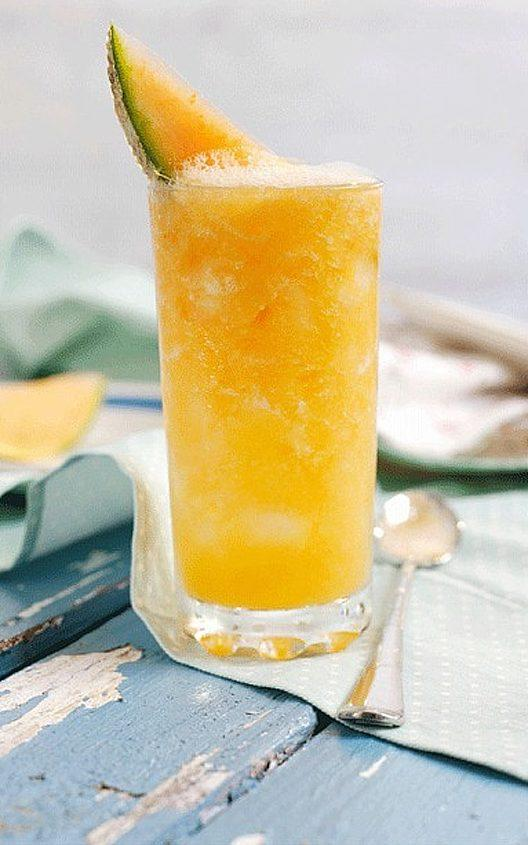 Susy's apricot cocktail  - Credit: Alamy