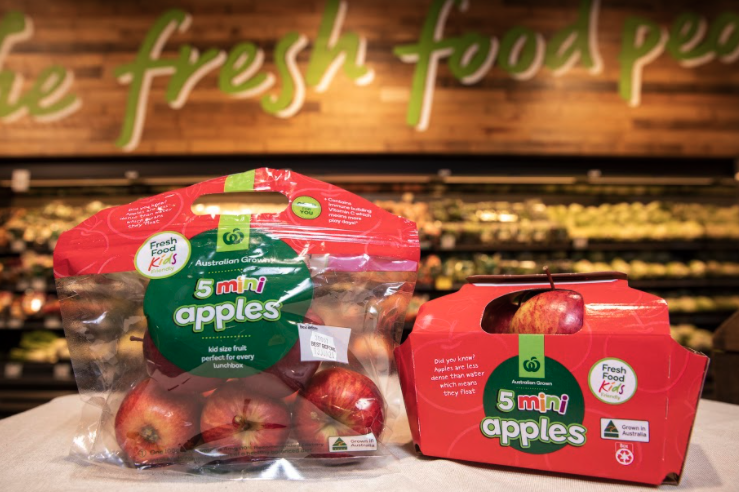 Woolworths new fruit boxes next to its old plastic packaging. Source: Woolworths