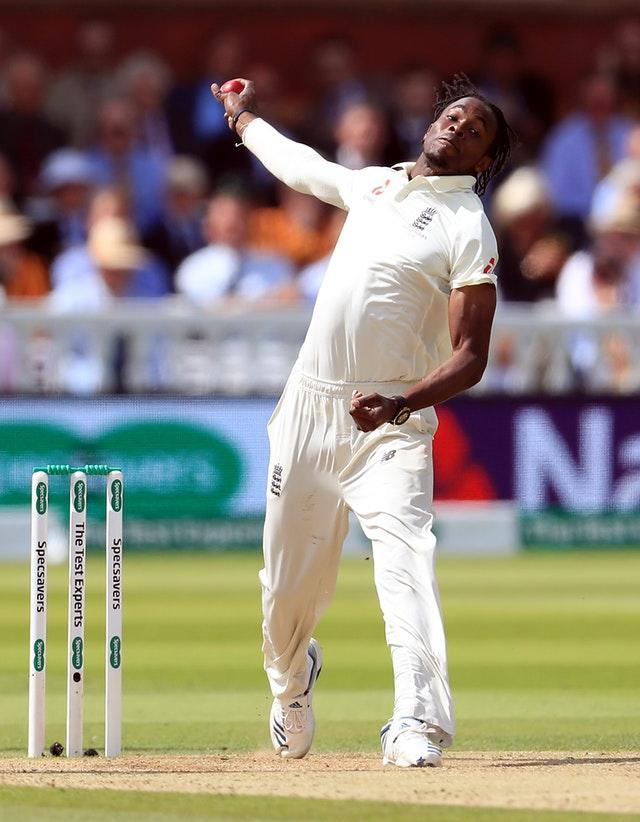 Jofra Archer and Stuart Broad opened the bowling for England