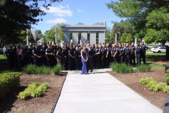 Sierra Bradway's father was shot and killed in the line of duty in 2013. Her father's former colleagues from the Indianapolis Metropolitan Police and Marion County Sheriff's departments sent her off to prom in ceremonious style. (Photo: IMPD)