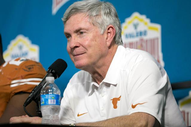 Report: Former Texas coach Mack Brown will join ESPN as analyst