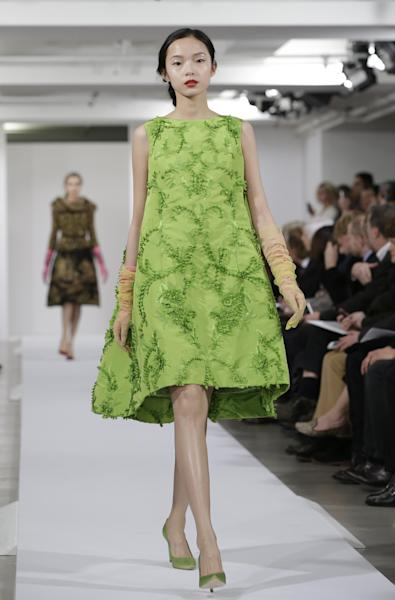 Fashion from the Oscar de la Renta Fall 2013 show is modeled during Fashion Week in New York, Tuesday, Feb. 12, 2013. (AP Photo/Kathy Willens)