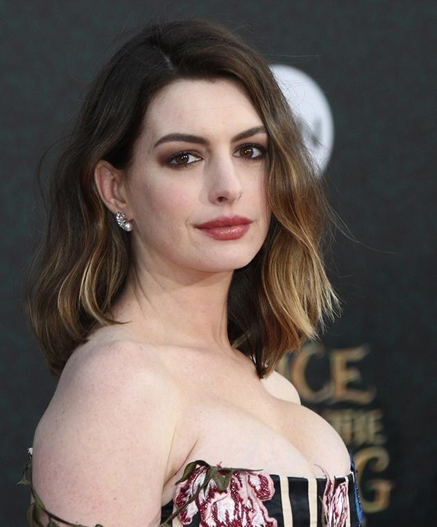 Anne Hathaway, queen of unintentional shade. (Photo: Getty Images)