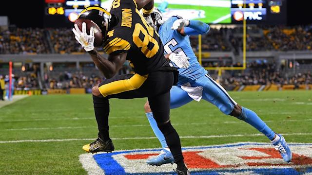 Titans are slight favorites in Sunday matchup vs. Steelers