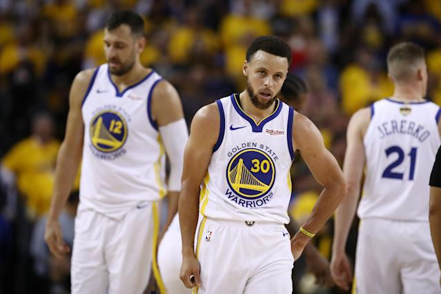 Stephen Curry found little help from his supporting cast on Wednesday. (Getty)