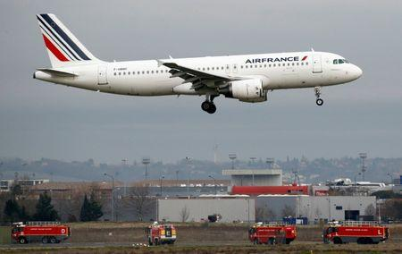 An Air France Airbus A320 takes off in Colomiers near Toulouse, France, France