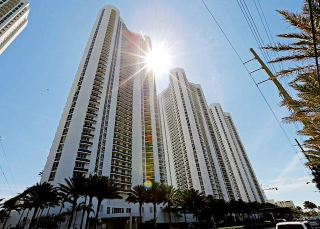Trump Towers I, II and III are shown in Sunny Isles Beach, Florida, U.S. March 13, 2017. Sunny Isles is a suburb of Miami. (Reuters/Joe Skipper)