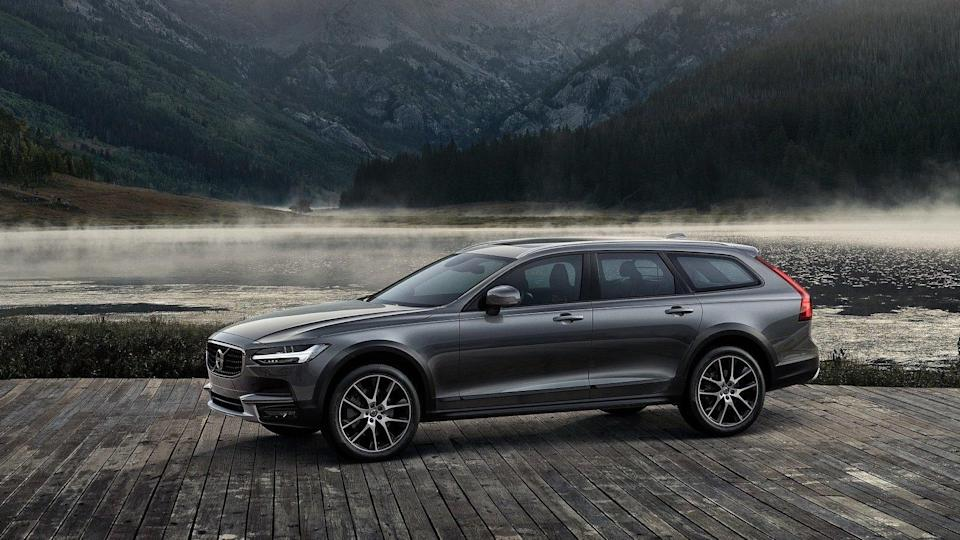 <p><strong>2019 Volvo XC90:</strong></p> <p>Retail Price: <strong>$60,950</strong><br> Average Transaction: <strong>$53,290</strong><br> Savings: <strong>$7,659</strong><br> Percentage Discount: <strong>12.6%</strong></p> <hr> <p><strong>2019 Volvo V90 Cross Country:</strong></p> <p>Retail Price: <strong>$54,045</strong><br> Average Transaction: <strong>$47,647</strong><br> Savings: <strong>$6,399</strong><br> Percentage Discount: <strong>11.8%</strong></p> <hr> <p><strong>2019 Volvo XC60:</strong></p> <p>Retail Price: <strong>$51,087</strong><br> Average Transaction: <strong>$45,404</strong><br> Savings: <strong>$5,683</strong><br> Percentage Discount: <strong>11.1%</strong></p>