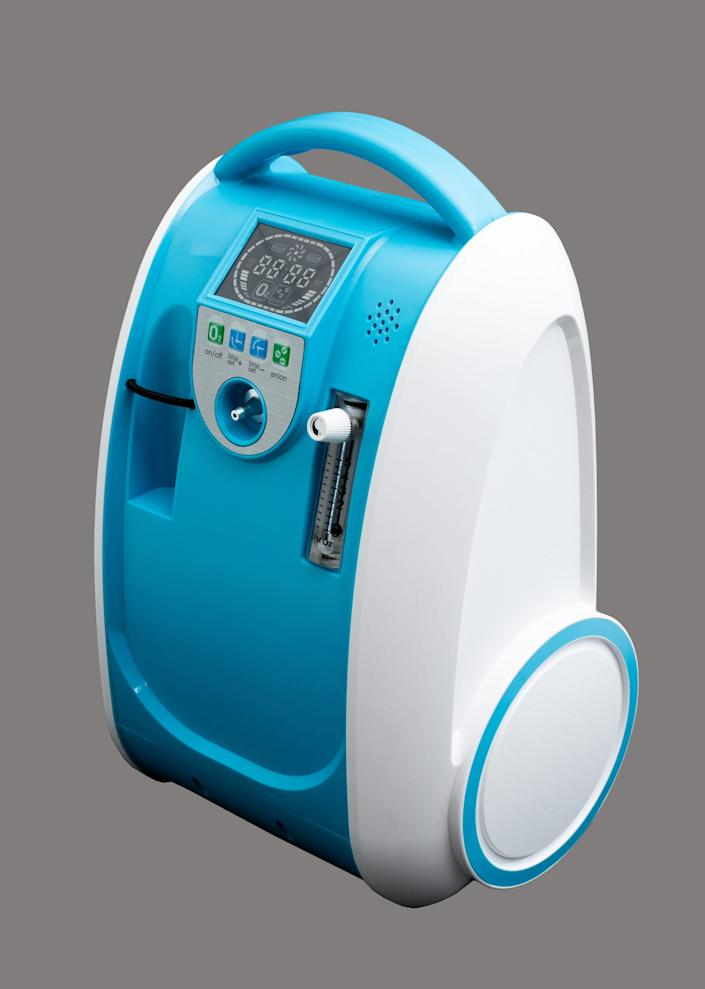 These days, airline passengers who require medical oxygen bring their own, FAA-approvedportable oxygen concentrators. These devices pull air from the cabin and purify it rather than delivering oxygen from a tank, which may need to be changed out on a longer flight.