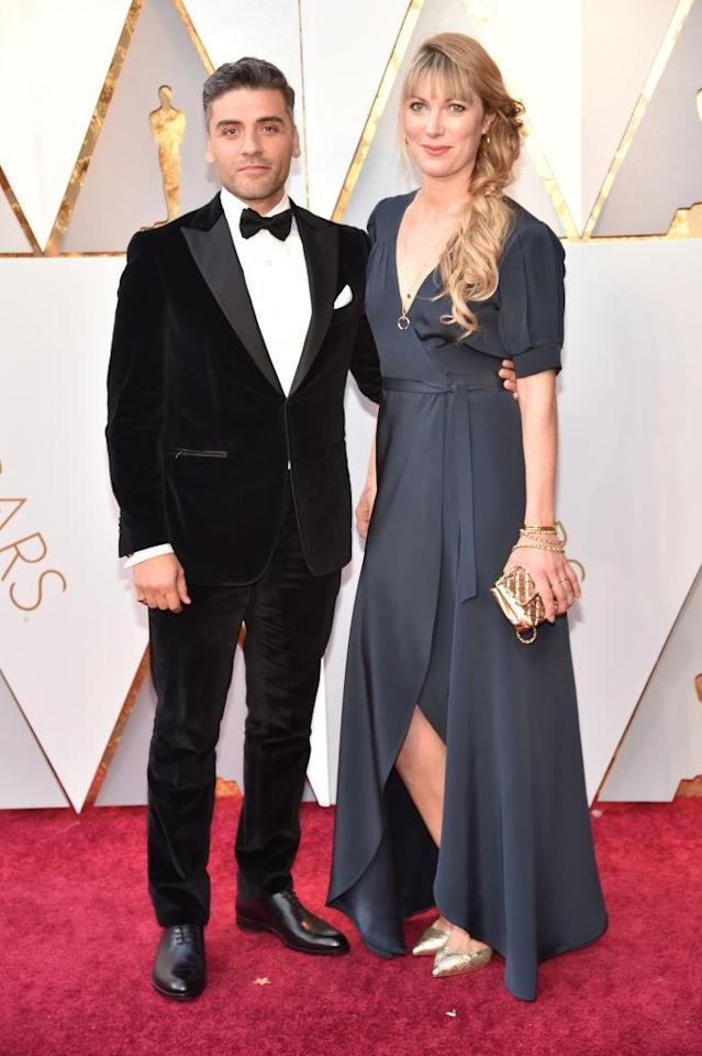 <p>Oscar Isaac and Elvira Lind attend the 90th Academy Awards in Hollywood, Calif., March 4, 2018. (Photo: Steve Granitz/WireImage) </p>