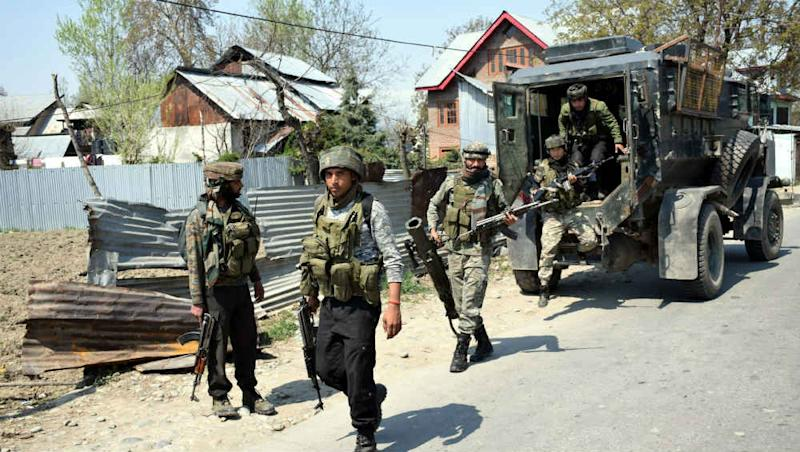 Jammu And Kashmir: Terrorist, Overground Worker of Militants Killed by Security Forces in Shopian Shootout