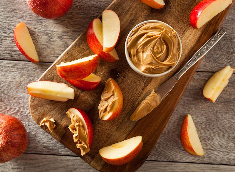 apples peanut butter