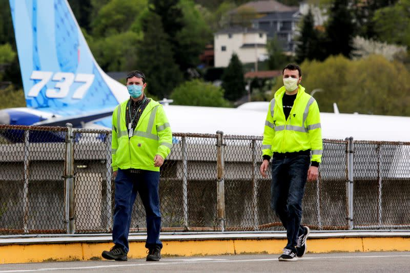 Boeing to cut staff by 10% amid coronavirus pandemic