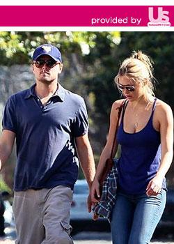 Leonardo DiCaprio & Bar Refaeli AKM IMAGES/Splash News