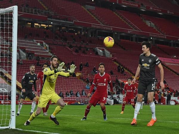 Man Utd stay atop after goalless draw against Liverpool (Photo/ Premier League Twitter)