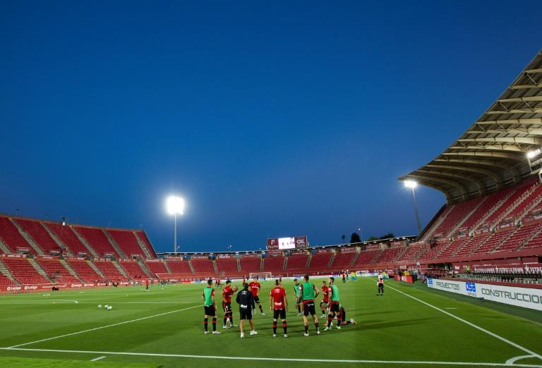 Mallorca's clash with Barcelona was played out in an empty stadium in the Balearic Islands as La Liga continued its return from a three-month shutdown (AFP Photo/JAIME REINA)