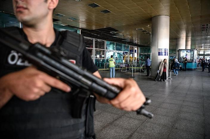 Dozens of people were killed in an attack targeting Turkey's busiest airport in Istanbul on June 28, 2016 (AFP Photo/Ozan Kose)