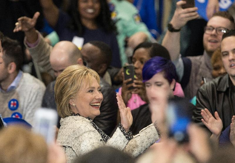 US Democratic presidential candidate Hillary Clinton greets supporters in Columbia, South Carolina, on February 27, 2016 (AFP Photo/Nicholas Kamm)
