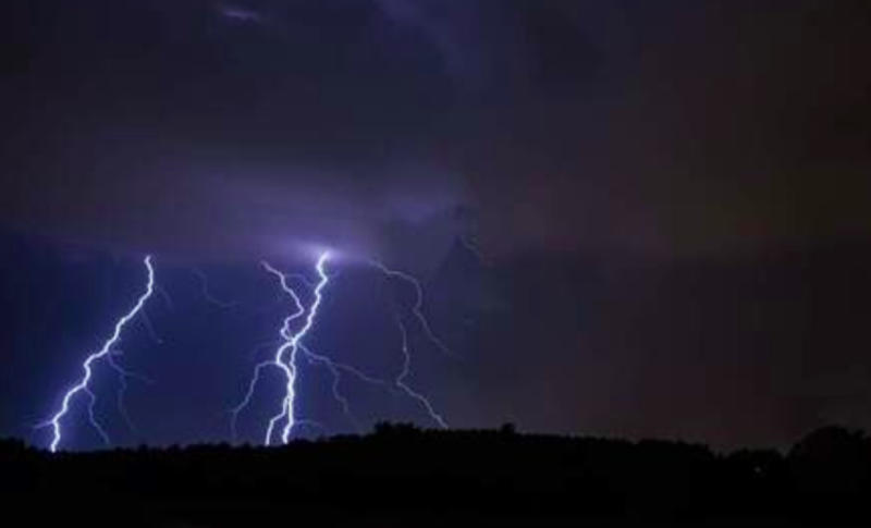Three-day hot streak starts with strong overnight storms in Ontario