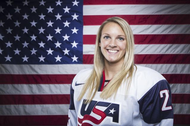 Olympic hockey player Amanda Kessel poses for a portrait during the 2013 U.S. Olympic Team Media Summit in Park City, Utah October 2, 2013. REUTERS/Lucas Jackson (UNITED STATES - Tags: SPORT OLYMPICS PORTRAIT ICE HOCKEY)