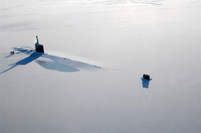 ARCTIC OCEAN  - MARCH 21:  In this handout image provided by the U.S. Navy, The Los Angeles-class submarine USS Annapolis (SSN 760) rests on the Arctic Ocean after breaking through three feet of ice during Ice Exercise (ICEX) 2009 March 21, 2009 in The Arctic Ocean. The U.S. Navy teamed with the University of Washington Applied Physics Laboratory to train in the arctic environment.  (Photo by Tiffini M. Jones/U.S. Navy via Getty Images)