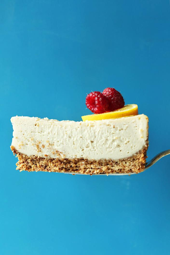 "<a href=""https://minimalistbaker.com/easy-baked-cheesecake-vegan-gf/"" rel=""nofollow noopener"" target=""_blank"" data-ylk=""slk:Get the Easy Baked Cheesecake (Vegan, Gluten Free) recipe from Minimalist Baker"" class=""link rapid-noclick-resp""><strong>Get the Easy Baked Cheesecake (Vegan, Gluten Free) recipe from Minimalist Baker</strong></a>"