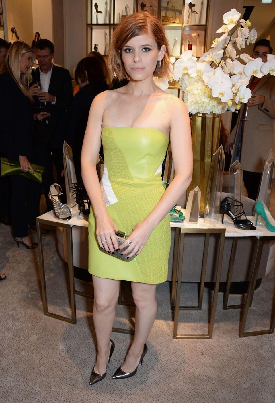 <p>If Tinker Bell had to get dressed up for a night out, she'd probably wear a light-green minidress like Kate Mara did in 2014.</p>