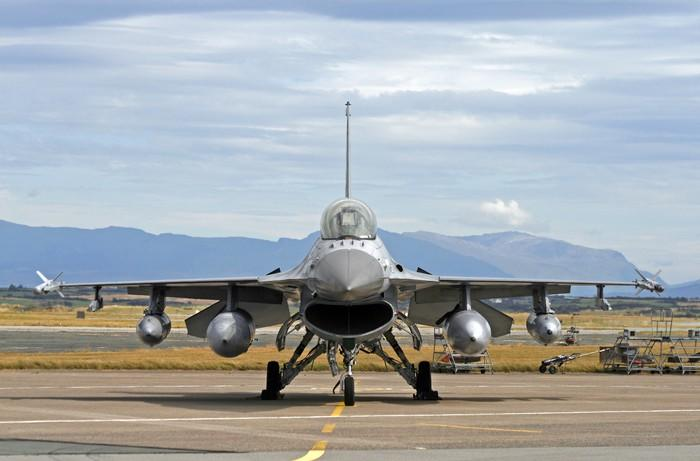 F-16 fighter jet on the runway