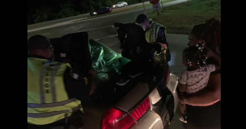 Officers with the Savannah Police Department purchased a young mother of 1-year-old twins new car seats after her previous car had been stolen. (Photo: Facebook)