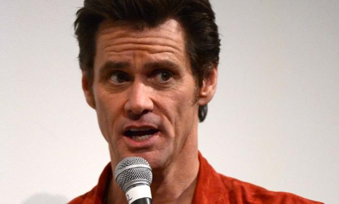 The actor's bizarre about-faced tweet sparked criticism