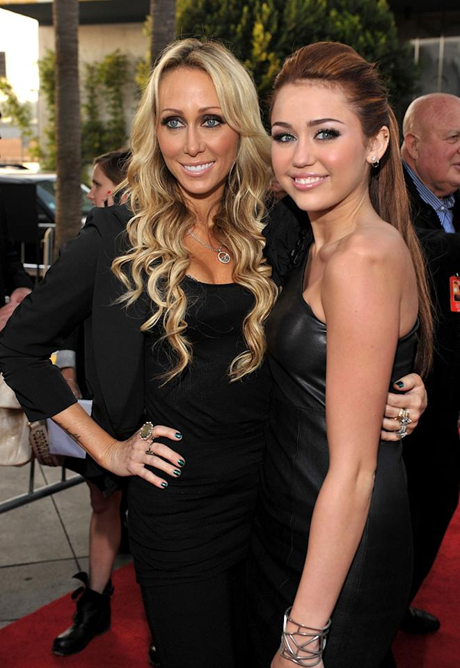 """Tish Cyrus and <a href=""""http://movies.yahoo.com/movie/contributor/1809849015"""">Miley Cyrus</a> at the Los Angeles premiere of <a href=""""http://movies.yahoo.com/movie/1810098775/info"""">The Last Song</a> - 03/25/2010"""
