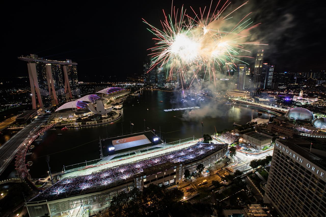 <p>SINGAPORE – SEPTEMBER 17: Fireworks display during the 2017 Formula 1 Singapore Airlines Singapore Grand Prix at on September 17, 2017 in Singapore. (Photo by Juliana Tan/Singapore GP via Getty Images) </p>