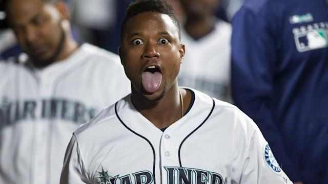 Tim Beckham and the Mariners had a fun night. The Rangers? Not so much.