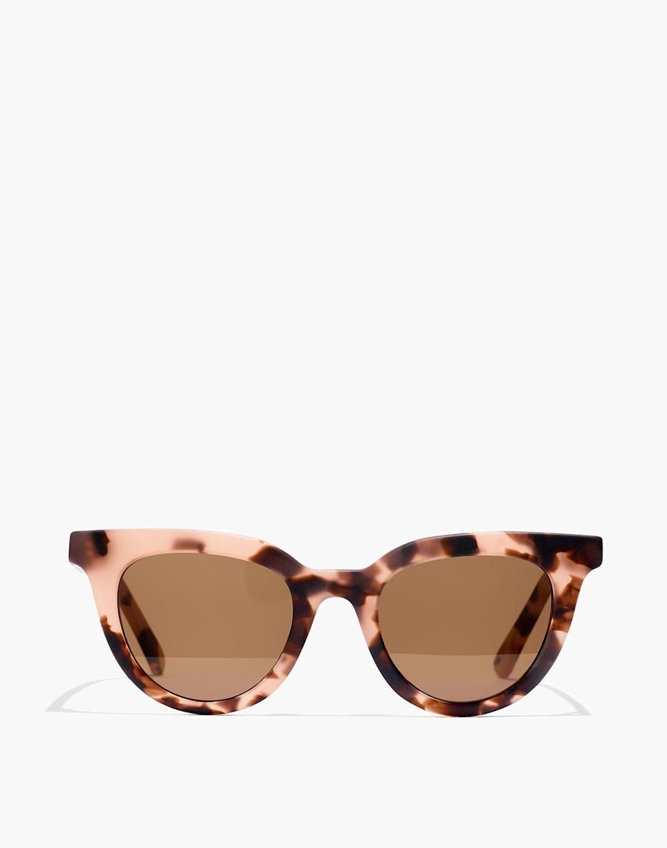 """<p><strong>Madewell</strong></p><p>madewell.com</p><p><strong>$49.99</strong></p><p><a href=""""https://go.redirectingat.com?id=74968X1596630&url=https%3A%2F%2Fwww.madewell.com%2Fadrian-sunglasses-AA473.html&sref=https%3A%2F%2Fwww.elle.com%2Ffashion%2Fshopping%2Fg33350117%2Fmadewell-sale-july-2020%2F"""" rel=""""nofollow noopener"""" target=""""_blank"""" data-ylk=""""slk:Shop Now"""" class=""""link rapid-noclick-resp"""">Shop Now</a></p><p><strong><del>$65</del> <del>$40</del> $24</strong></p><p>There's no such thing as too many sunnies. I love this pair's playful tortoise style and subtle retro vibes. </p>"""