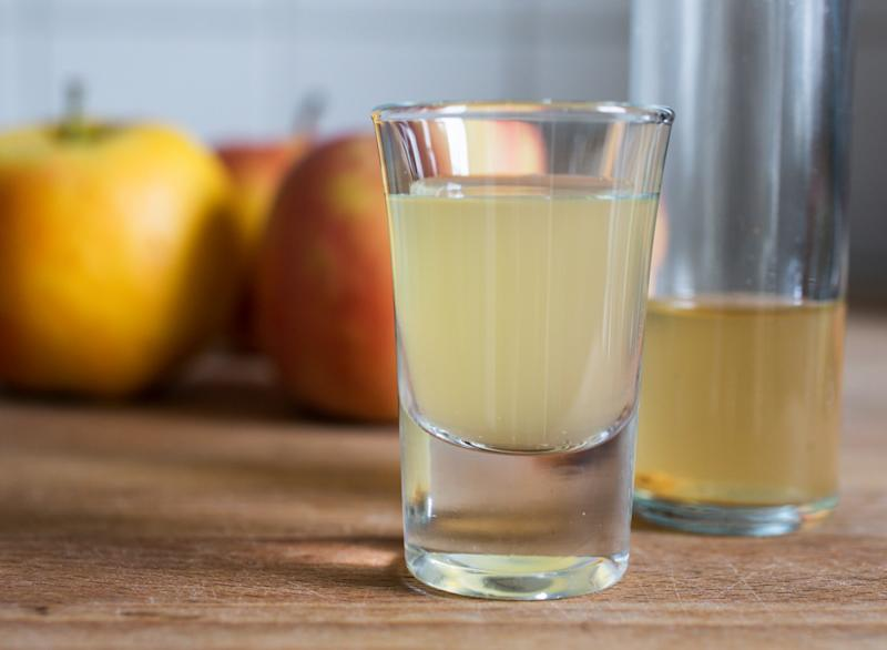 Is Apple Cider Vinegar Really That Healthy? An RD Weighs In