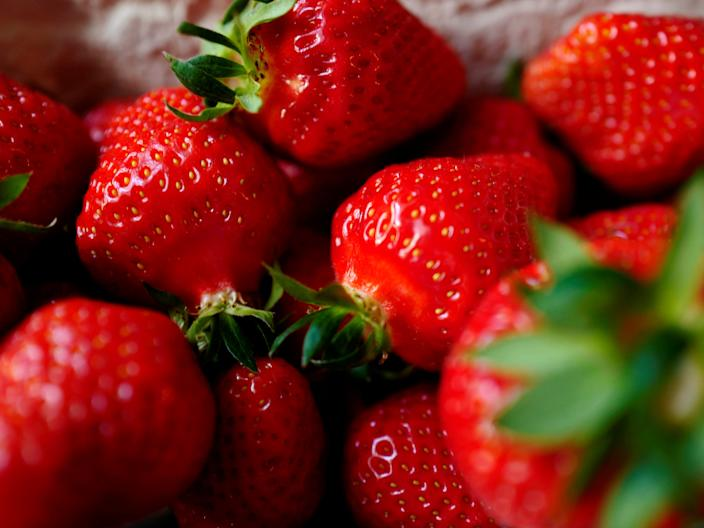 strawberries foods for healthy skin