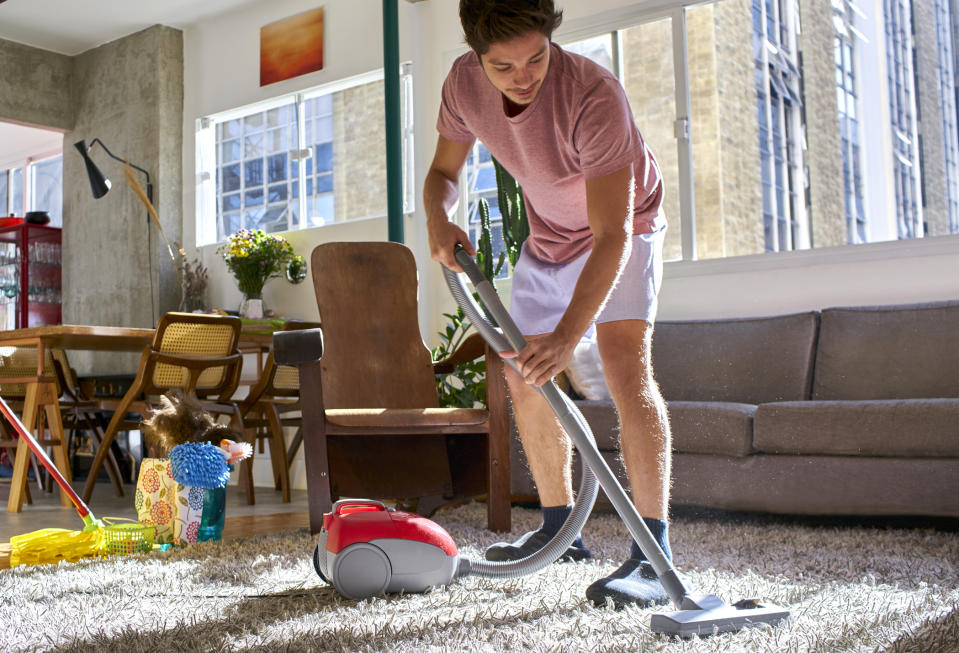 Women are still doing the majority of the household chores. (Getty Images)
