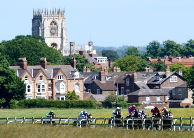 Racegoers at Beverley will be encouraged to wear masks but will not be forced to