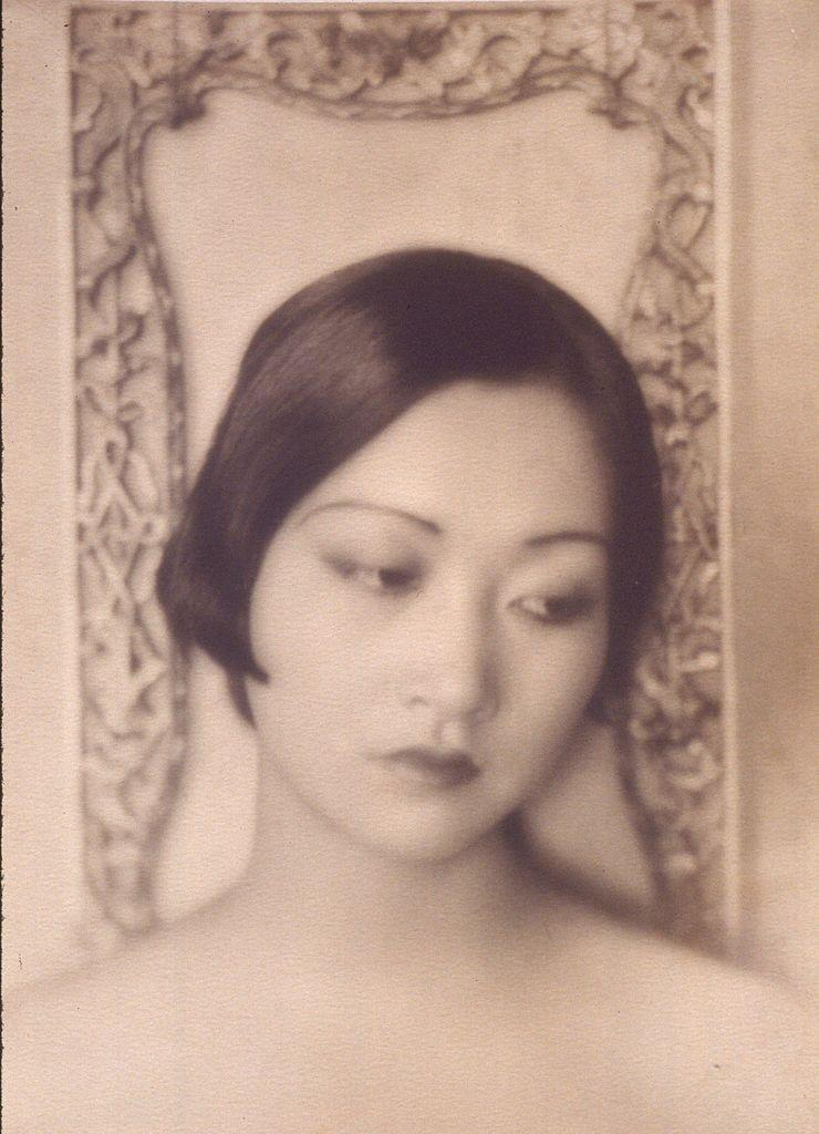 <p>In this early photograph, Anna May Wong was just 17 years old. That year, Wong received her first leading role for the movie <em>The Toll of the Sea,</em> based loosely on the opera <em>Madama Butterfly</em>. </p>