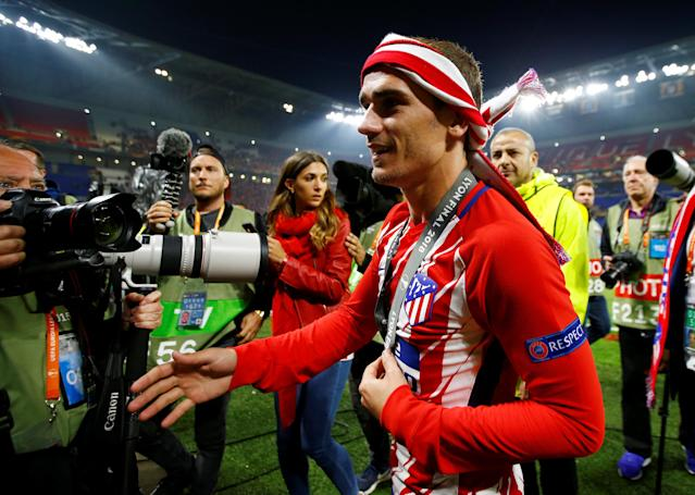 Soccer Football - Europa League Final - Olympique de Marseille vs Atletico Madrid - Groupama Stadium, Lyon, France - May 16, 2018 Atletico Madrid's Antoine Griezmann celebrates after winning the Europa League REUTERS/Peter Cziborra