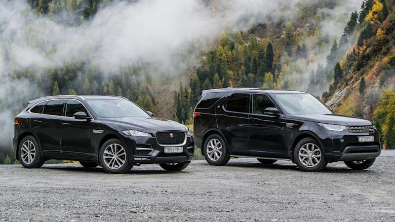 Jaguar Land Rover F-Pace and Discovery 5 at Umbrail pass in Switzerland