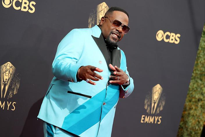 <p>It's no surprise that the Emmys host with the most showed up rocking a bold, bright blue suit with contrasting stripes. </p>