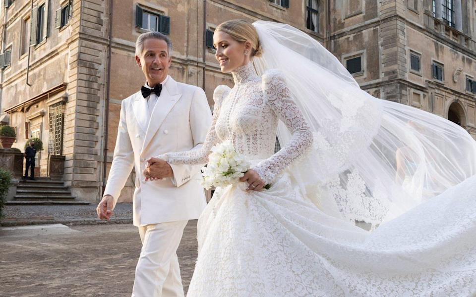 Lady Kitty Spencer has chosen to wear Dolce & Gabbana Alta Moda on the occasion of her wedding which took place in Rome