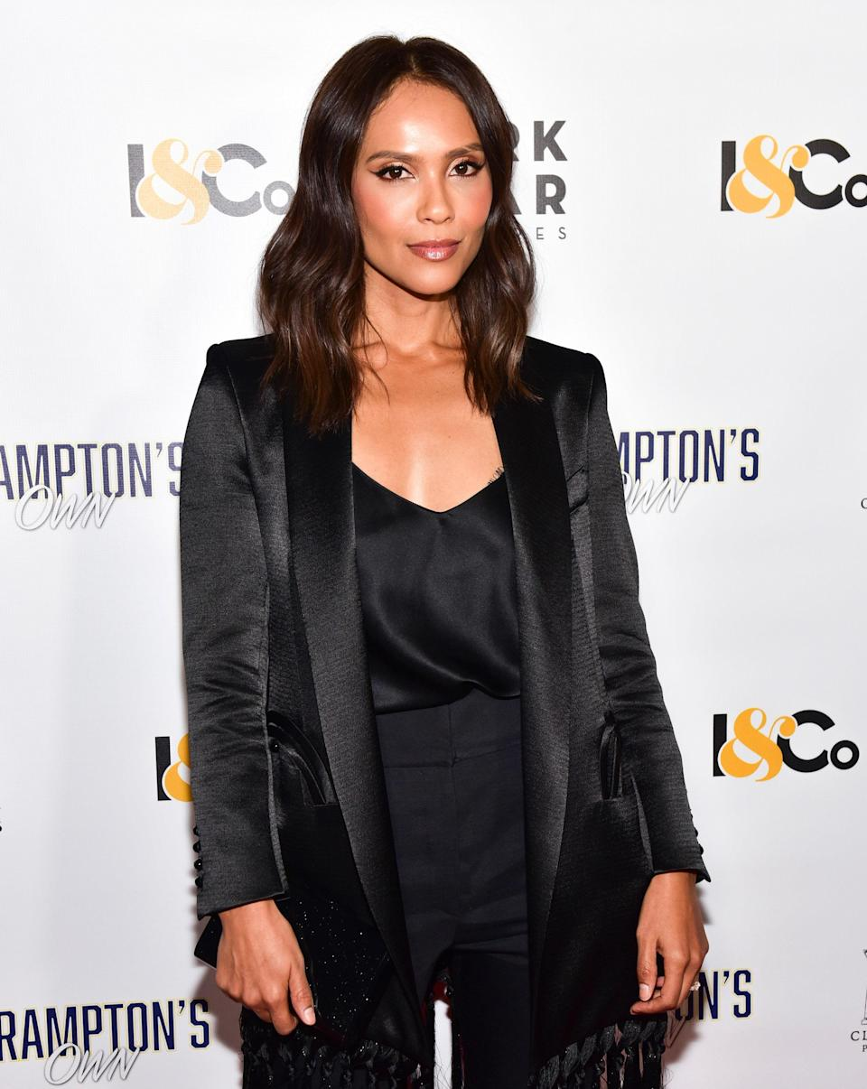 """<p>It's expected that hair and makeup teams will have their products and tools on set. This includes makeup and necessary hair products. Onscreen talent isn't supposed to incur the cost of bringing products with them before filming, but according to <em>Lucifer</em> actress Lesley-Ann Brandt, they sometimes don't have a choice.</p> <p>""""The amount of times I've had to do my own makeup or bring my own makeup to set,"""" Brandt <a href=""""https://twitter.com/LesleyAnnBrandt/status/1281050939030302720?s=20"""" rel=""""nofollow noopener"""" target=""""_blank"""" data-ylk=""""slk:tweeted"""" class=""""link rapid-noclick-resp"""">tweeted</a> in July. """"So to producers and creators, ensure you're following ALL the way through, hair and makeup depts should be diverse. And let's face it. Black hair stylists can do anyone's hair.""""</p>"""