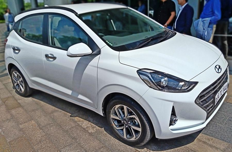 The Grand i10 Nios is essentially the new-generation Grand i10 and not a facelift. The current Grand i10 and Santro will continue as well. This bridges the gap between the current Grand i10 and the i20.