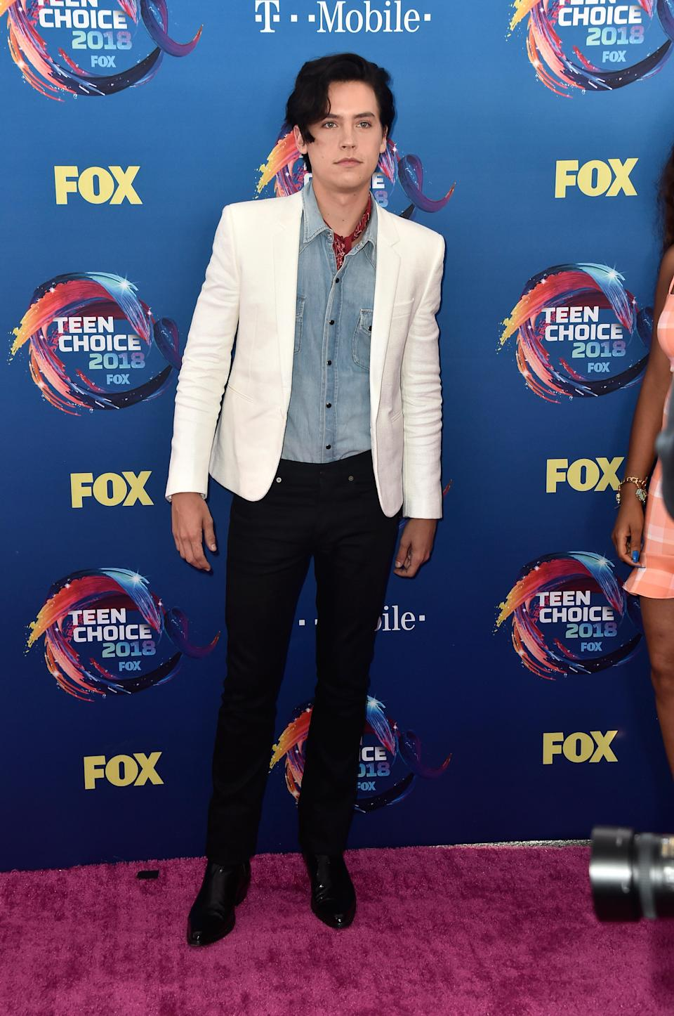 <p>The 'Riverdale' actor, who rose to fame playing Ben in 'Friends', took to the pink carpet wearing Saint Laurent. <em>[Photo: Getty]</em> </p>